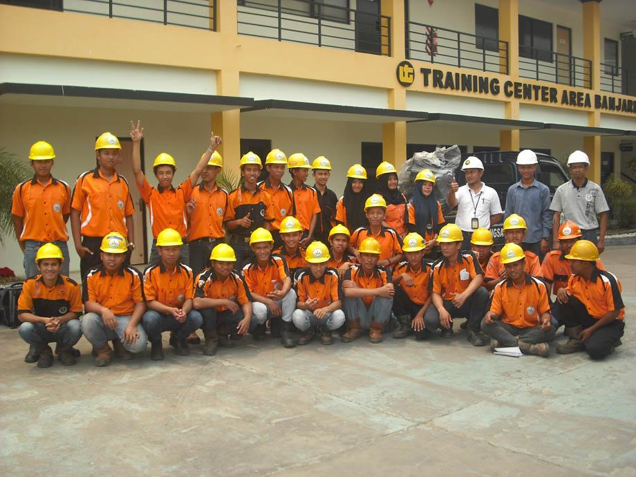 Kunjungan Industri United Tractor Training Center Area Banjarmasin