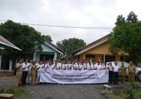"PESERTA TRAINING BASIC AUTOMOBILE "" FUSO VOCATIONAL EDUCATION PROOGRAM"""