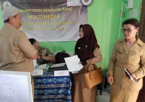 Pelaksanaan Uji Kompetensi Keahlian (UKK) Jurusan Multimedia