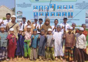 """Kegiatan Berbagi / Memberikan Bantuan Ke Pondok Pesantren / Panti Asuhan """"Raudhatun Nasyi'in"""""""