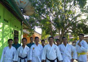 Kegiatan Ekstrakurikuler Karate