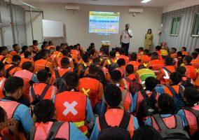 Kegiatan Kunjungan dan Pembelajaran DU/DI Ke Perusahaan Alat Berat PT. United Tractors.Tbk