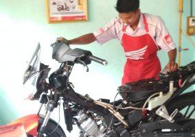 Pelaksanaan Pra_UKK Jurusan Teknik Bisnis Sepeda Motor (TBSM)