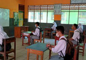 Persiapan Pertemuan Tatap Muka Peserta Didik SMK Bhakti Bangsa Banjarbaru